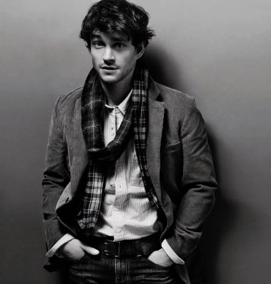 Ads_Gap_The Cord Blazer ($88), worn by Hugh Dancy